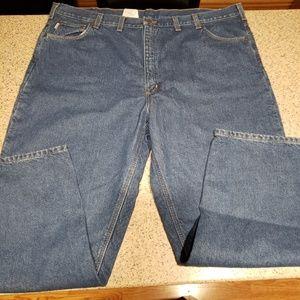 Carhartt NWT SZ 48x32 fleece lined Jeans